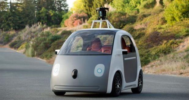 Google sürücüsüz araba üretiyor